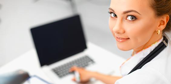 Nurse taking online classes