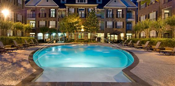 Free housing pool area in Houston, Texas travel nurse jobs
