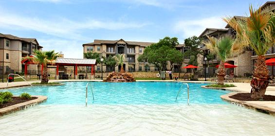 Free Private Housing benefit with pool and more amenities in Texas travel nurse jobs