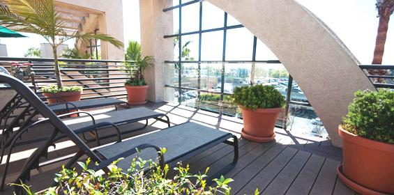 Enjoy the Roof deck view with Free Private Housing benefit in California travel nurse jobs