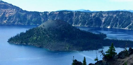 Visit beautiful Crater Lake National Park while on a travel nursing job in Oregon
